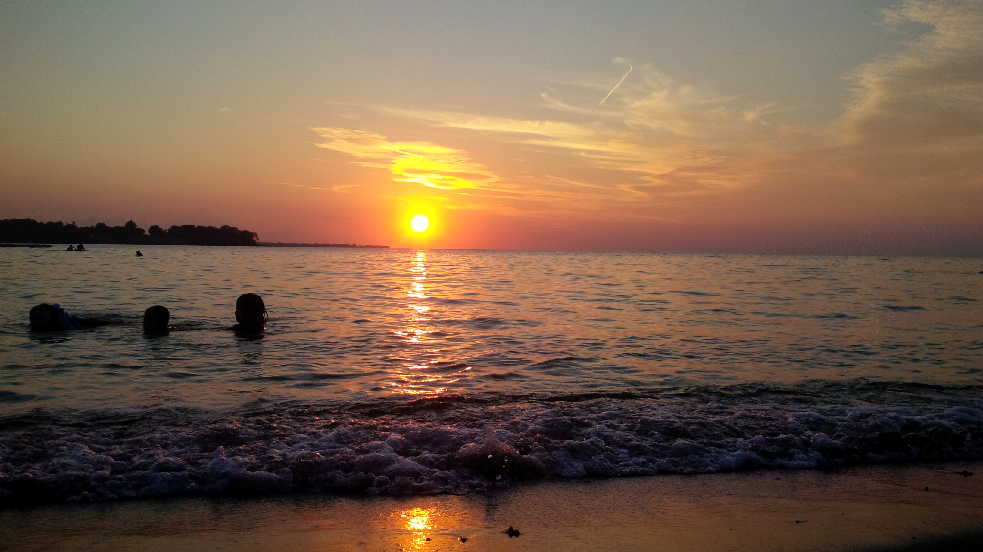 Pantai Impos Lombok Utara